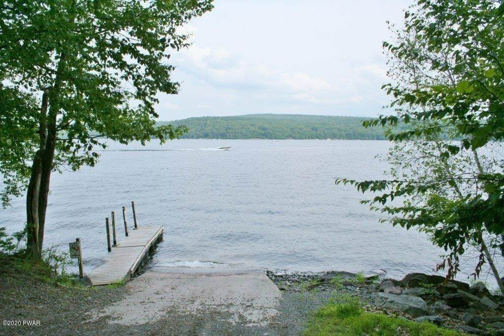 5. Land for Sale at Lot 22 N Briar Hill Dr Lake Ariel, Pennsylvania 18436 United States
