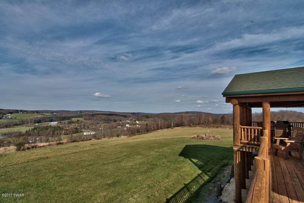 51. Single Family Homes for Sale at 90 Petroski Dr Honesdale, Pennsylvania 18431 United States