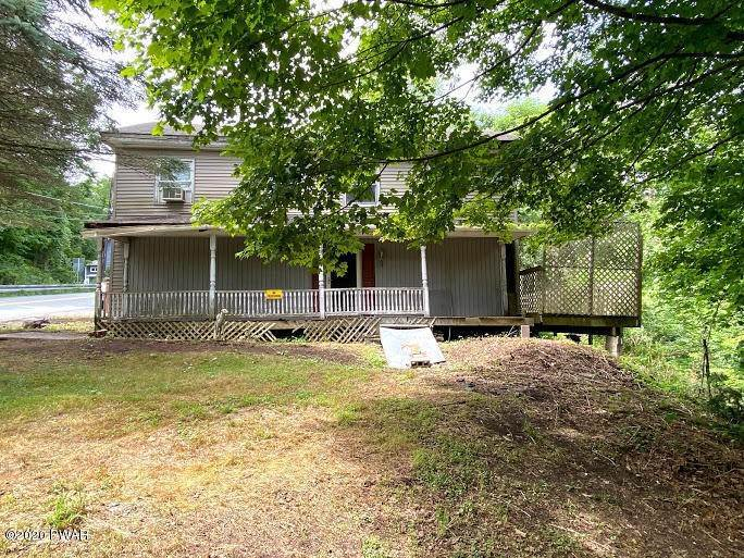 4. Single Family Homes for Sale at 1453 Calkins Rd Milanville, Pennsylvania 18443 United States