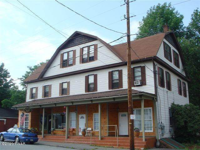 Multi-Family Homes for Sale at 139 South St Waymart, Pennsylvania 18472 United States