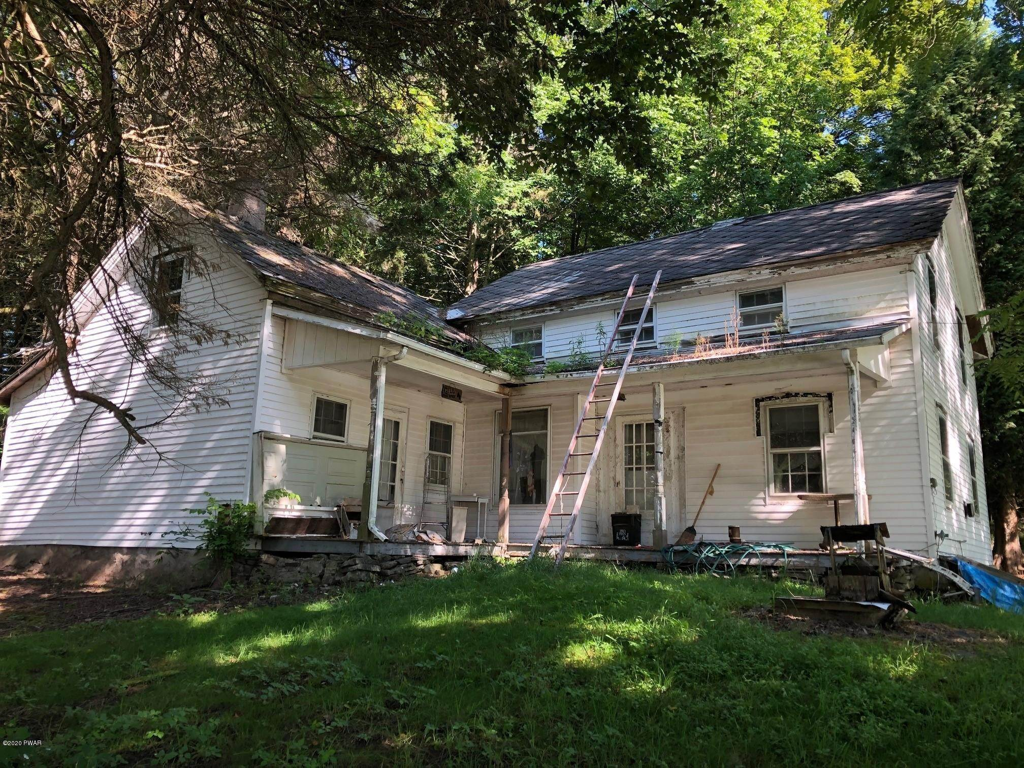22. Single Family Homes for Sale at 57 Cemetery Rd Damascus, Pennsylvania 18415 United States