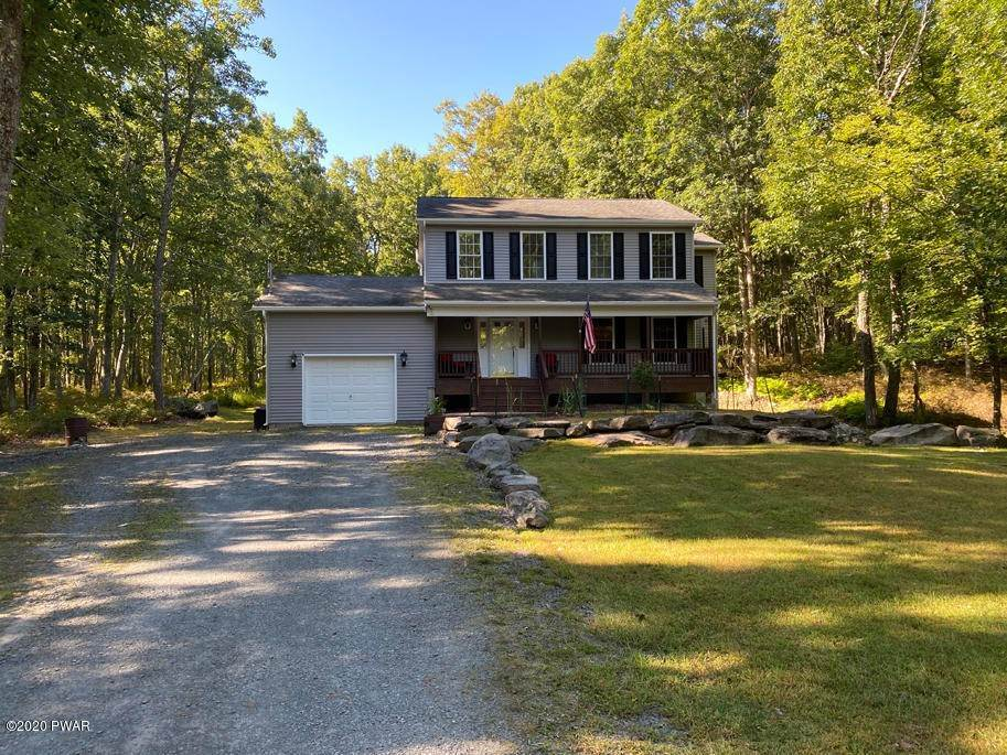 22. Single Family Homes for Sale at 149 Lakeview Cir Hawley, Pennsylvania 18428 United States