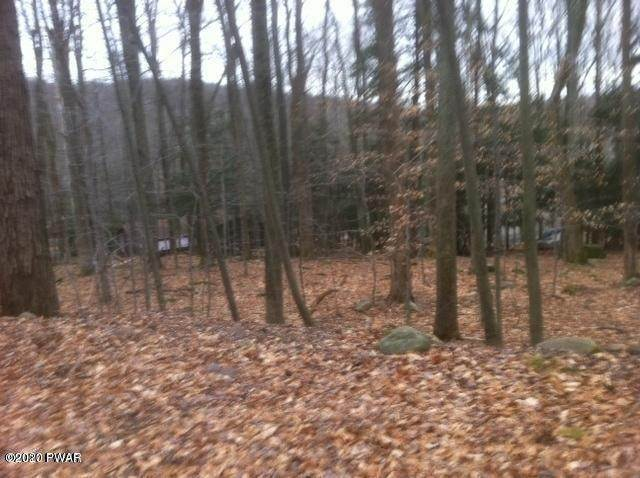 Property for Sale at 30 Cedar Dr Lake Ariel, Pennsylvania 18436 United States