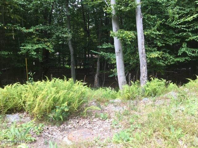 Property for Sale at 1027 Indian Dr Lake Ariel, Pennsylvania 18436 United States