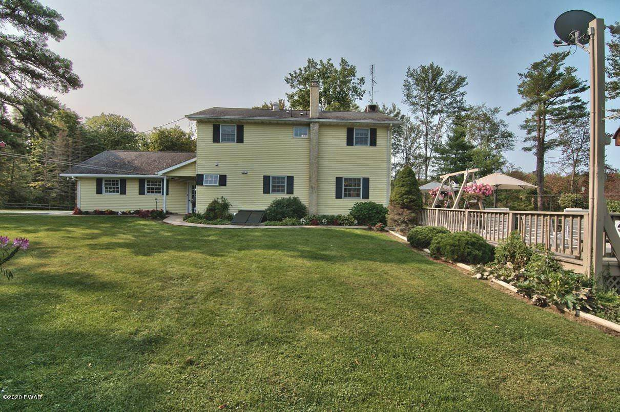 3. Single Family Homes for Sale at 3511 Aberdeen Rd Madison Township, Pennsylvania 18444 United States