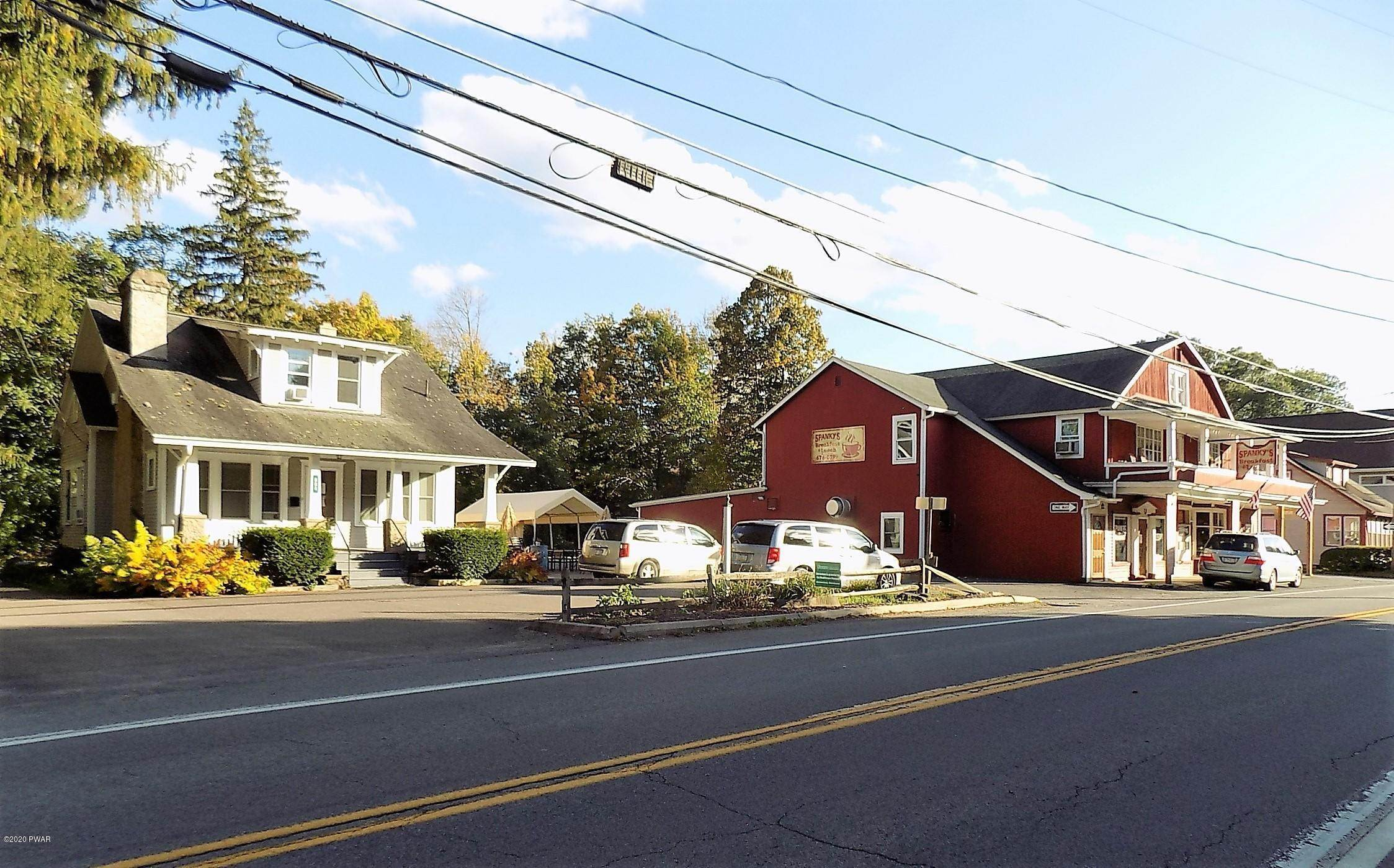 Commercial for Sale at 960 & 964 Main St Newfoundland, Pennsylvania 18445 United States