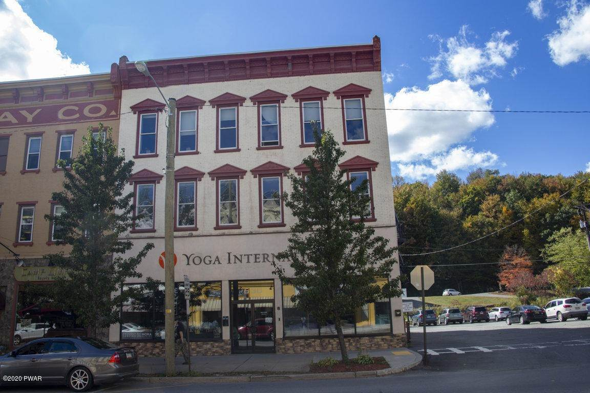 43. Commercial for Sale at 630 Main St Honesdale, Pennsylvania 18431 United States