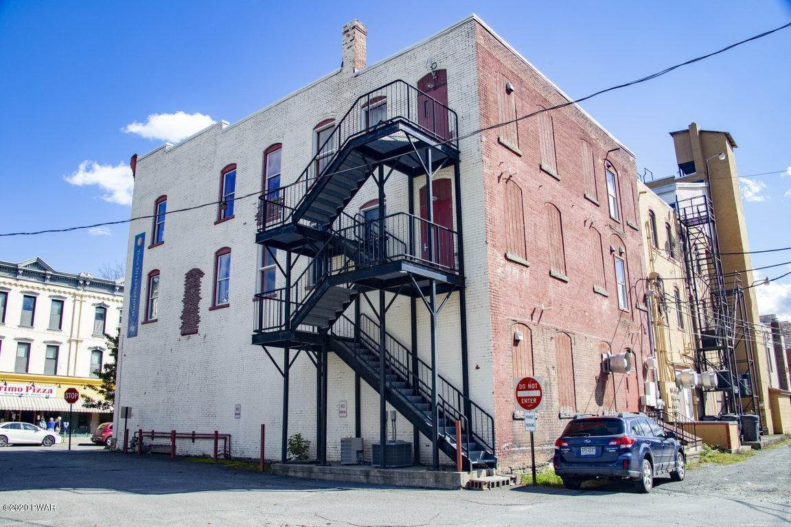 3. Commercial for Sale at 630 Main St Honesdale, Pennsylvania 18431 United States
