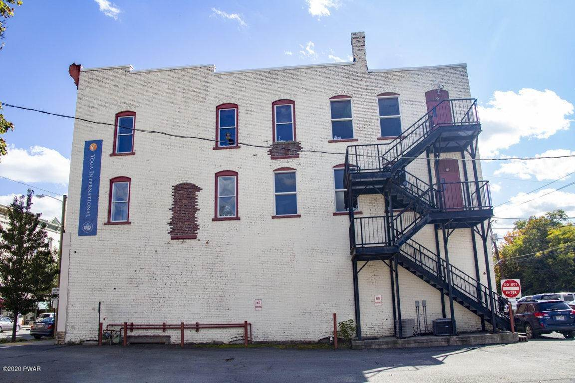 5. Commercial for Sale at 630 Main St Honesdale, Pennsylvania 18431 United States