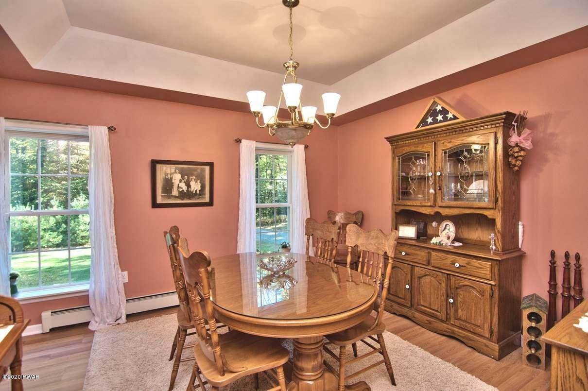 18. Single Family Homes for Sale at 59 Deer Run Rd Lakeville, Pennsylvania 18438 United States
