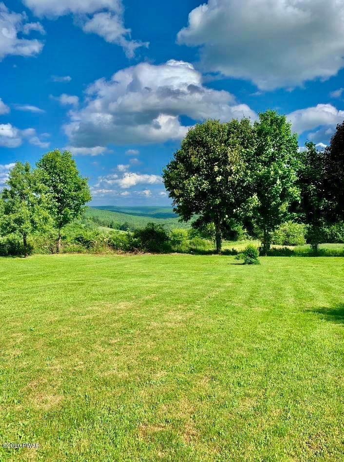30. Single Family Homes for Sale at 1378 Cochecton Tpke Tyler Hill, Pennsylvania 18469 United States
