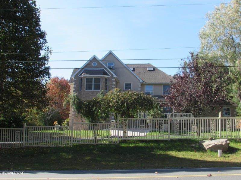 58. Single Family Homes for Sale at 102 Basswood Dr Lords Valley, Pennsylvania 18428 United States