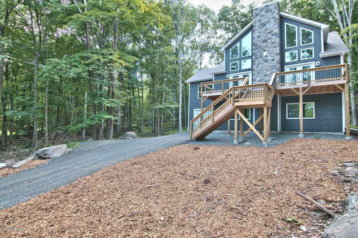 2. Single Family Homes for Sale at 119 Andiron Way Lackawaxen, Pennsylvania 18435 United States