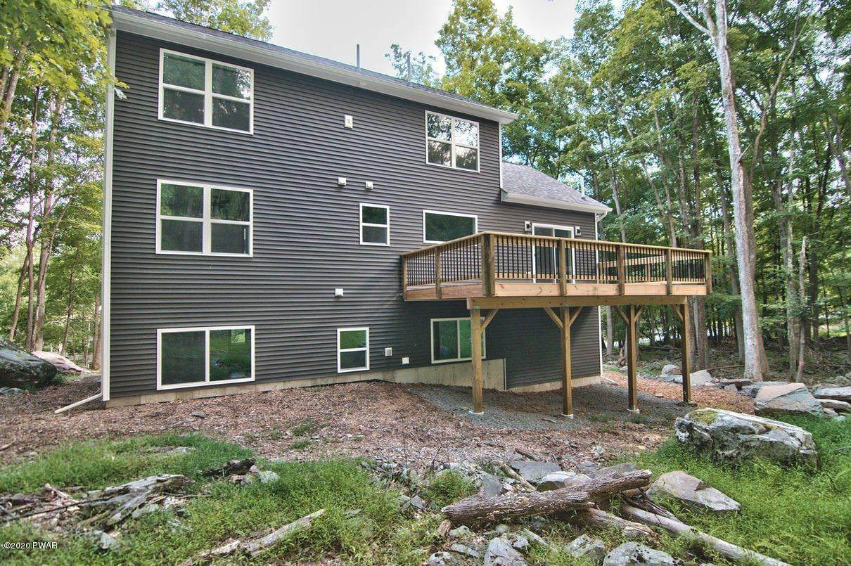 95. Single Family Homes for Sale at 119 Andiron Way Lackawaxen, Pennsylvania 18435 United States