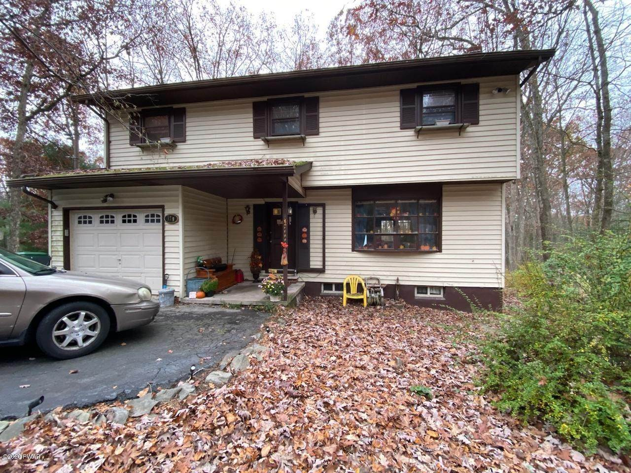 Single Family Homes for Sale at 179 Butternut Rd Milford, Pennsylvania 18337 United States