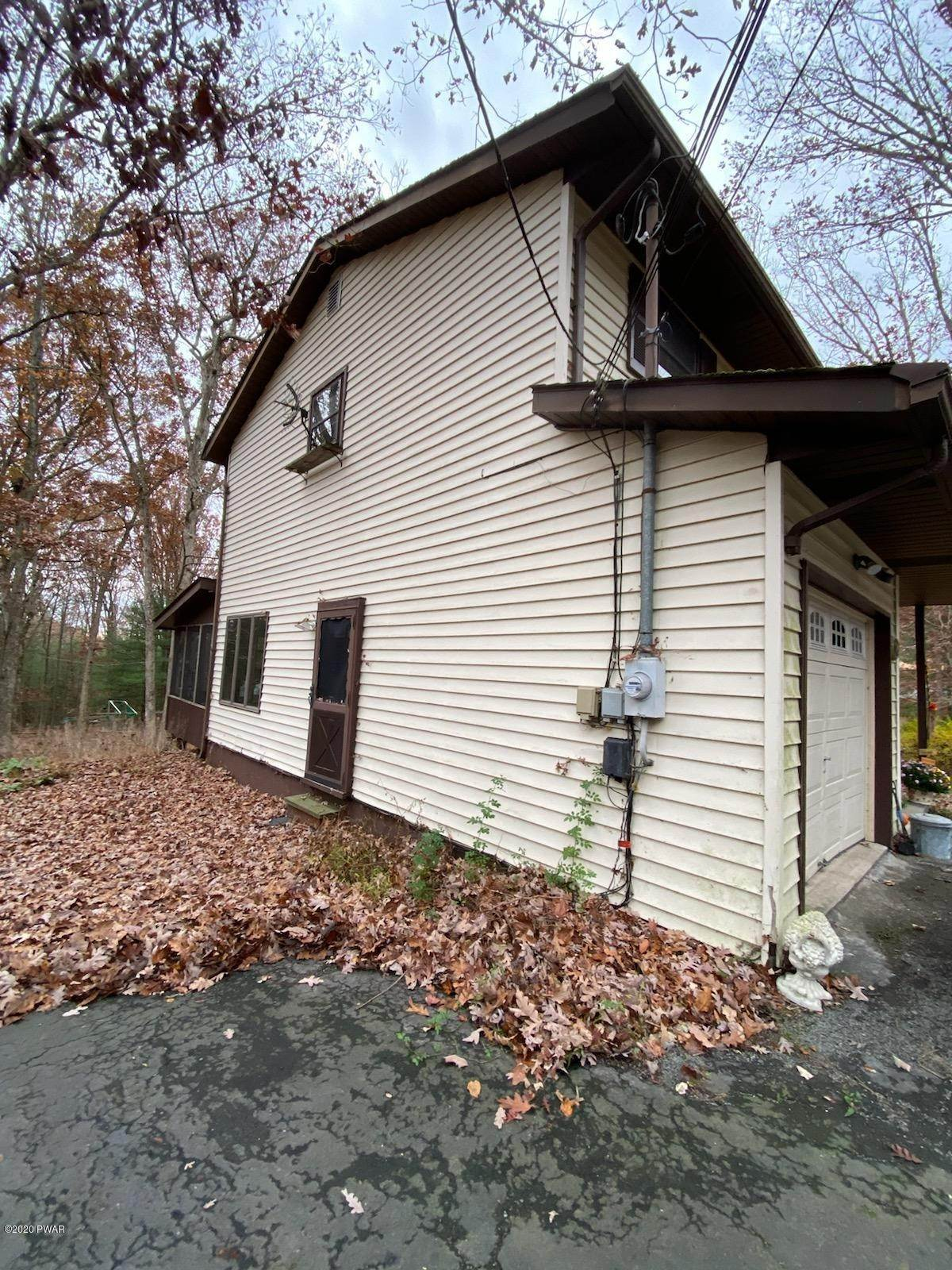 32. Single Family Homes for Sale at 179 Butternut Rd Milford, Pennsylvania 18337 United States