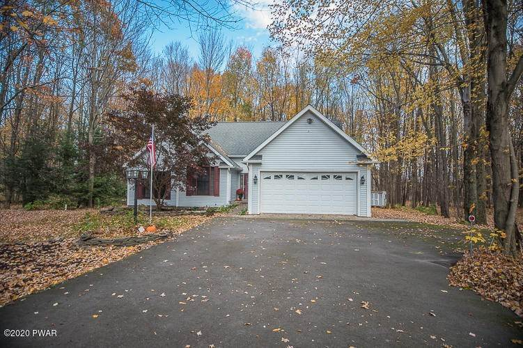 Single Family Homes for Sale at 2410 Maplewood Rd Lake Ariel, Pennsylvania 18436 United States