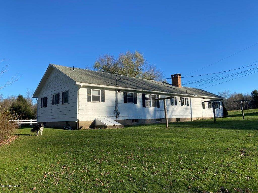 Single Family Homes for Sale at 20 Little Spring Ln Beach Lake, Pennsylvania 18405 United States
