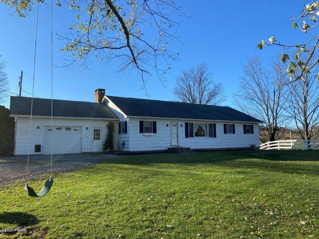 44. Single Family Homes for Sale at 20 Little Spring Ln Beach Lake, Pennsylvania 18405 United States