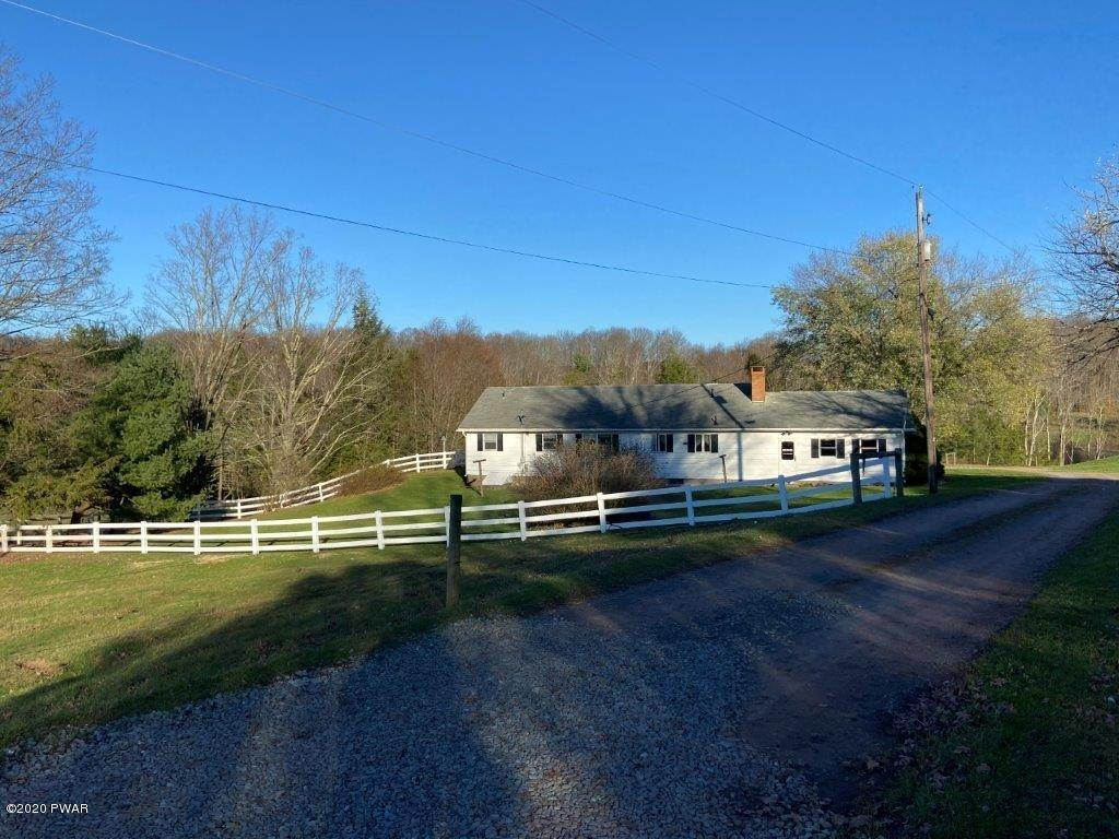 3. Single Family Homes for Sale at 20 Little Spring Ln Beach Lake, Pennsylvania 18405 United States
