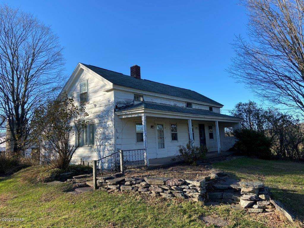 14. Single Family Homes for Sale at 20 Little Spring Ln Beach Lake, Pennsylvania 18405 United States