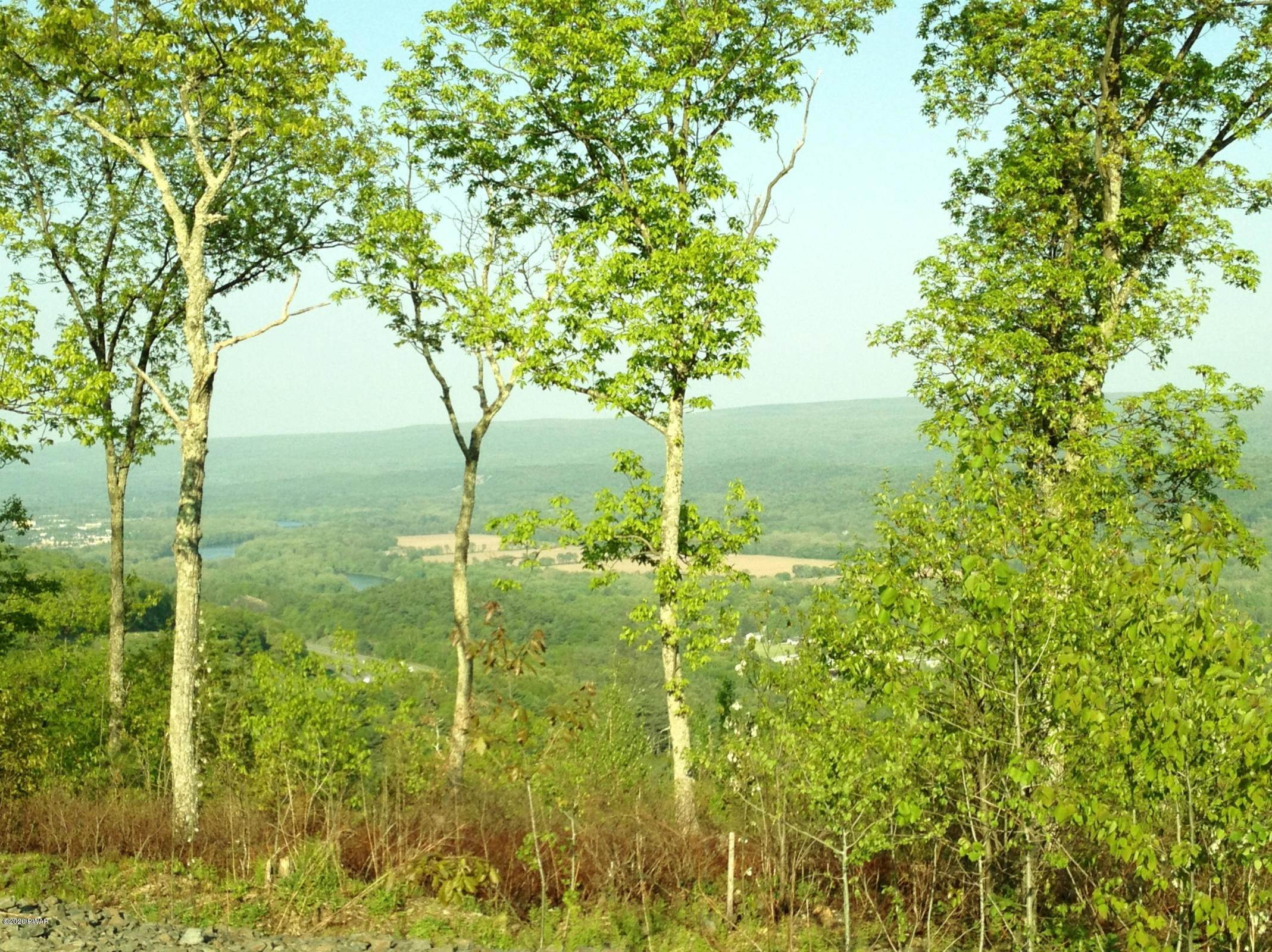 16. Land for Sale at Lot 53 Summit Ct Milford, Pennsylvania 18337 United States