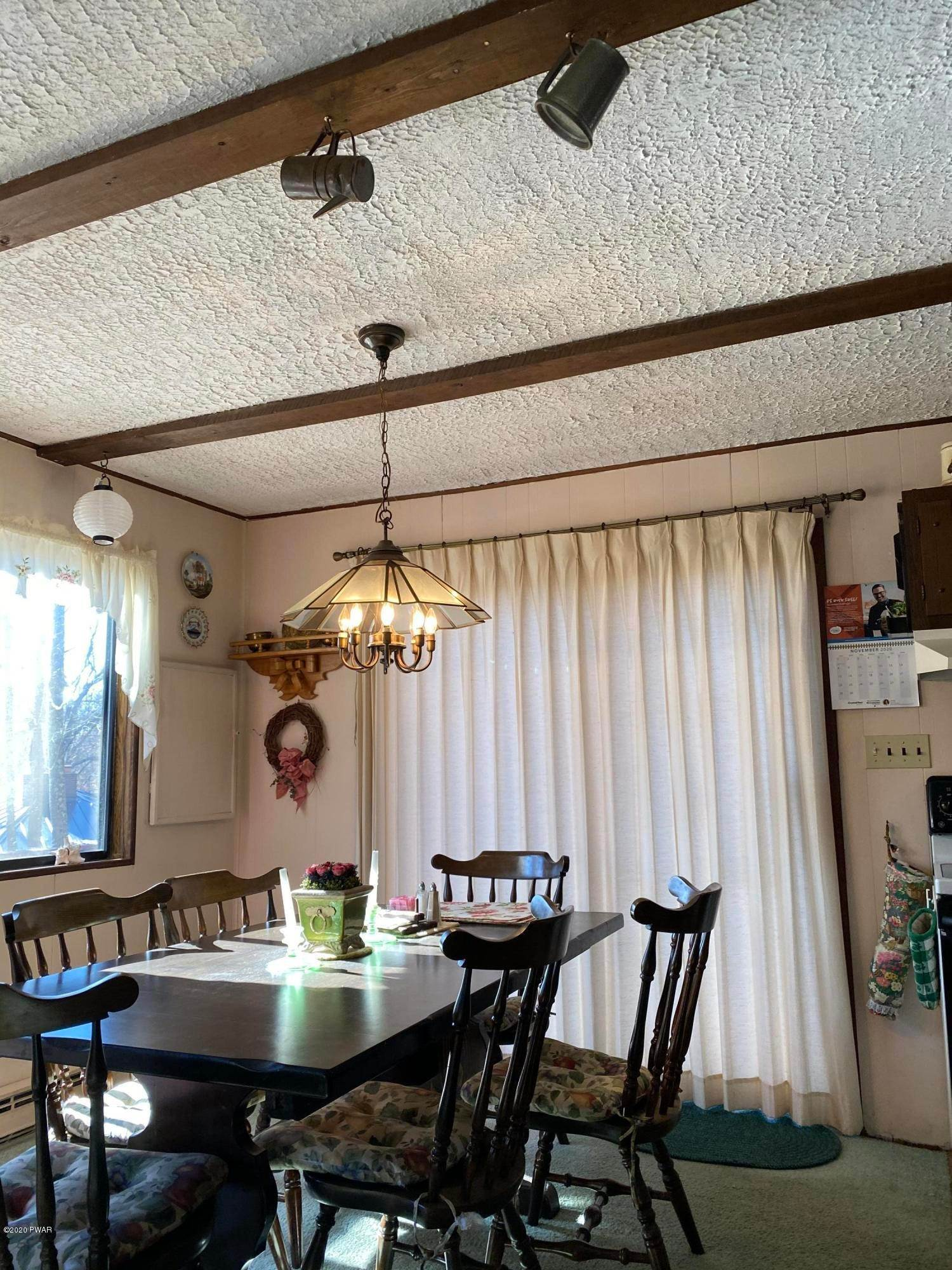 22. Single Family Homes for Sale at 104 Longspur Ln Lords Valley, Pennsylvania 18428 United States