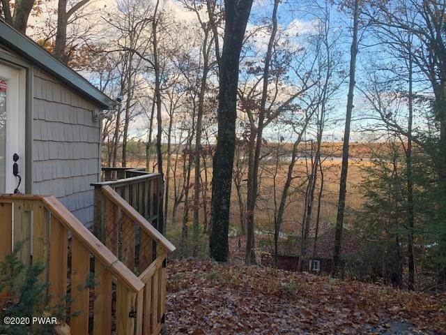 31. Single Family Homes for Sale at 1252 Pa-402 Dingmans Ferry, Pennsylvania 18328 United States