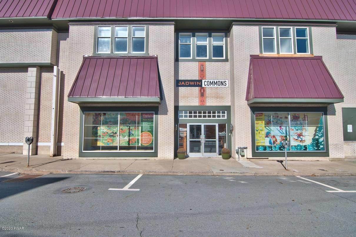 34. Commercial for Sale at 107 8th St Honesdale, Pennsylvania 18431 United States