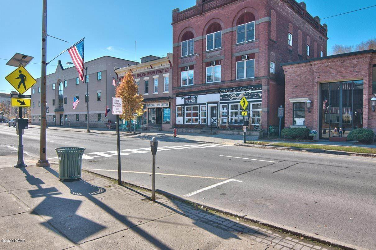 5. Commercial for Sale at 107 8th St Honesdale, Pennsylvania 18431 United States