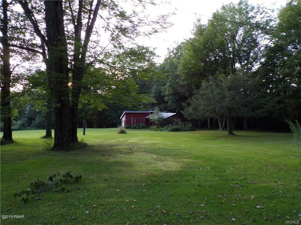 13. Single Family Homes for Sale at 15 Wahl Rd Callicoon, New York 12748 United States