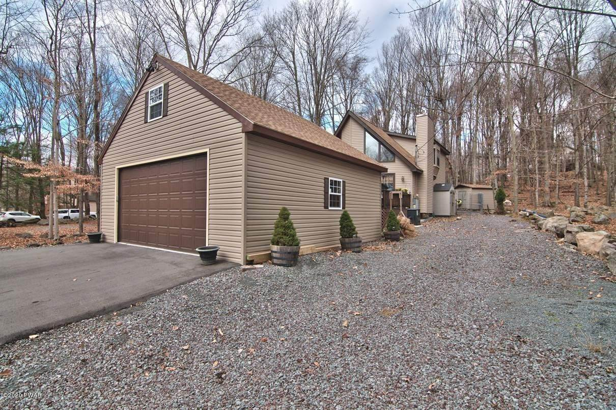 57. Single Family Homes for Sale at 722 Wildwood Ter Lake Ariel, Pennsylvania 18436 United States