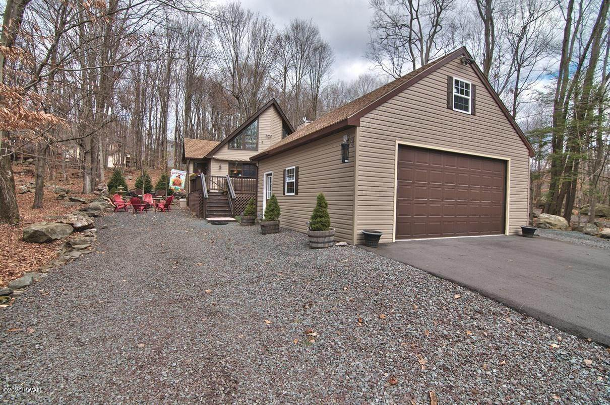 58. Single Family Homes for Sale at 722 Wildwood Ter Lake Ariel, Pennsylvania 18436 United States