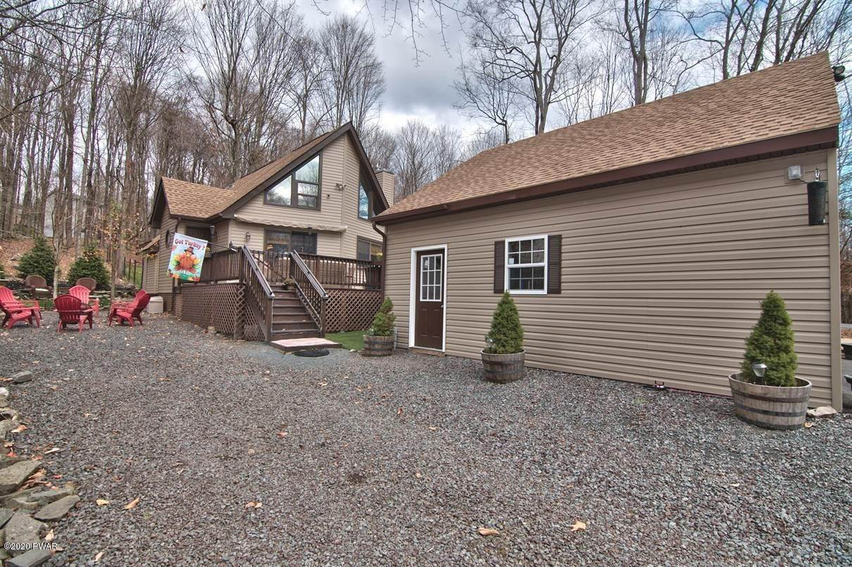 59. Single Family Homes for Sale at 722 Wildwood Ter Lake Ariel, Pennsylvania 18436 United States