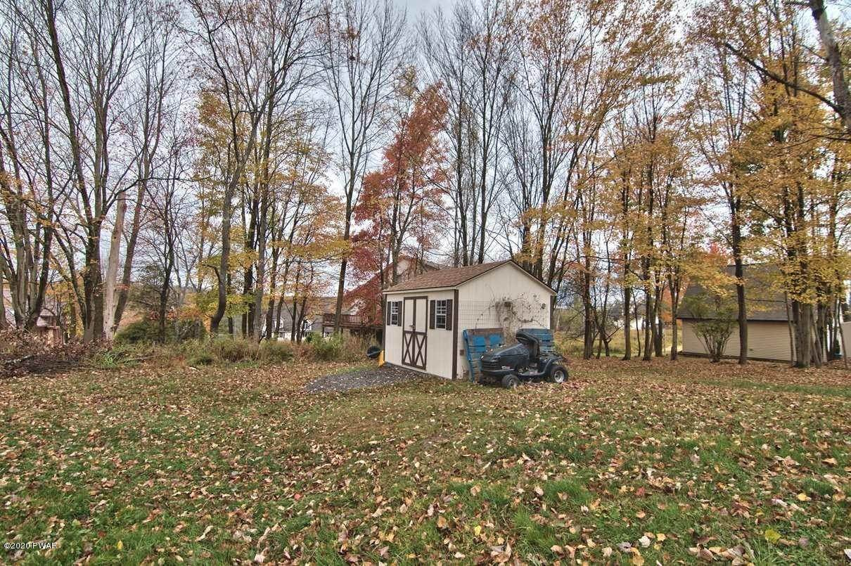 29. Single Family Homes for Sale at 2094 Glenwood Ln Lake Ariel, Pennsylvania 18436 United States