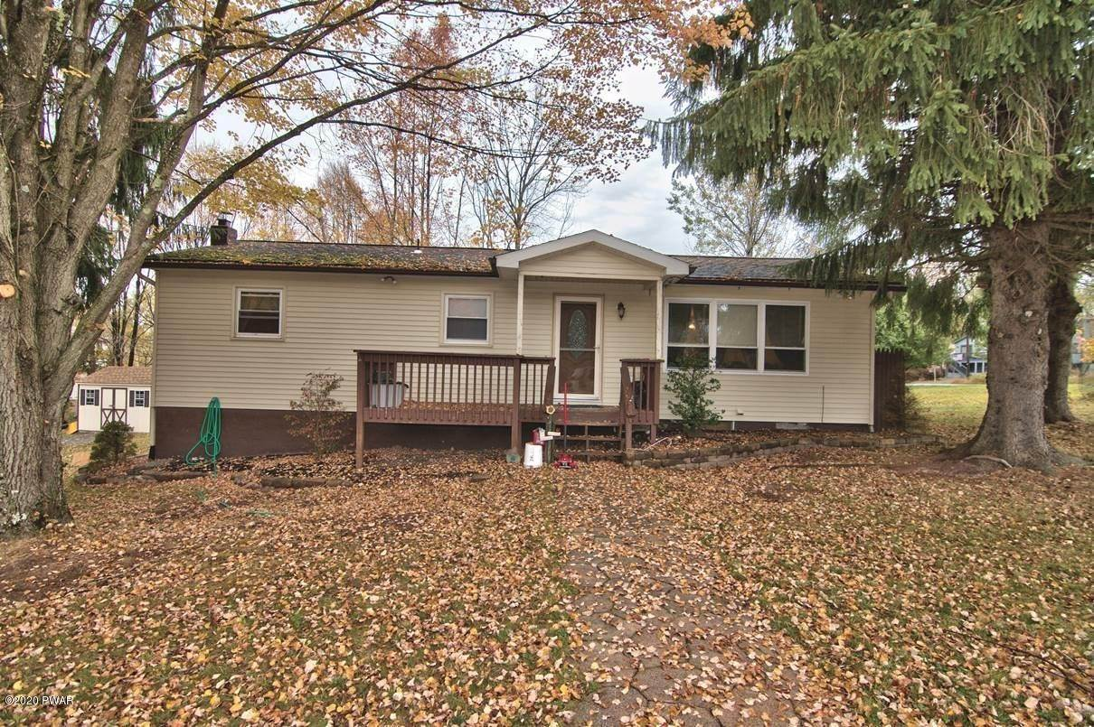 35. Single Family Homes for Sale at 2094 Glenwood Ln Lake Ariel, Pennsylvania 18436 United States