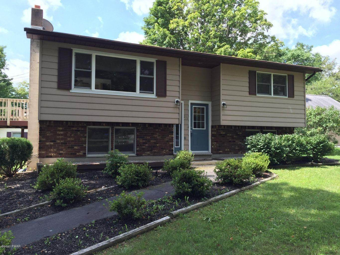 2. Single Family Homes for Sale at 211 E High St Milford, Pennsylvania 18337 United States