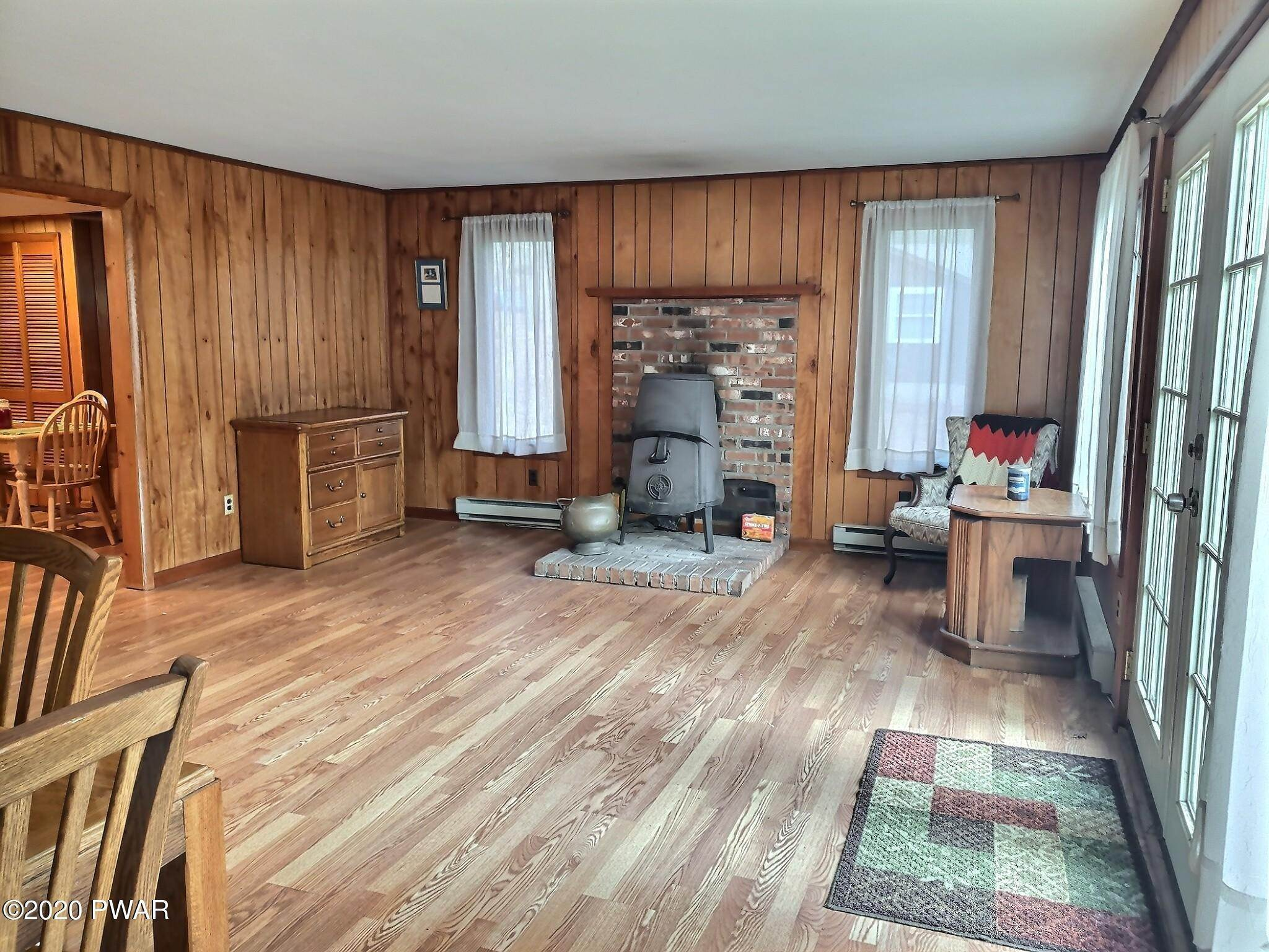 6. Single Family Homes for Sale at 153 Mckean Valley Rd Shohola, Pennsylvania 18458 United States
