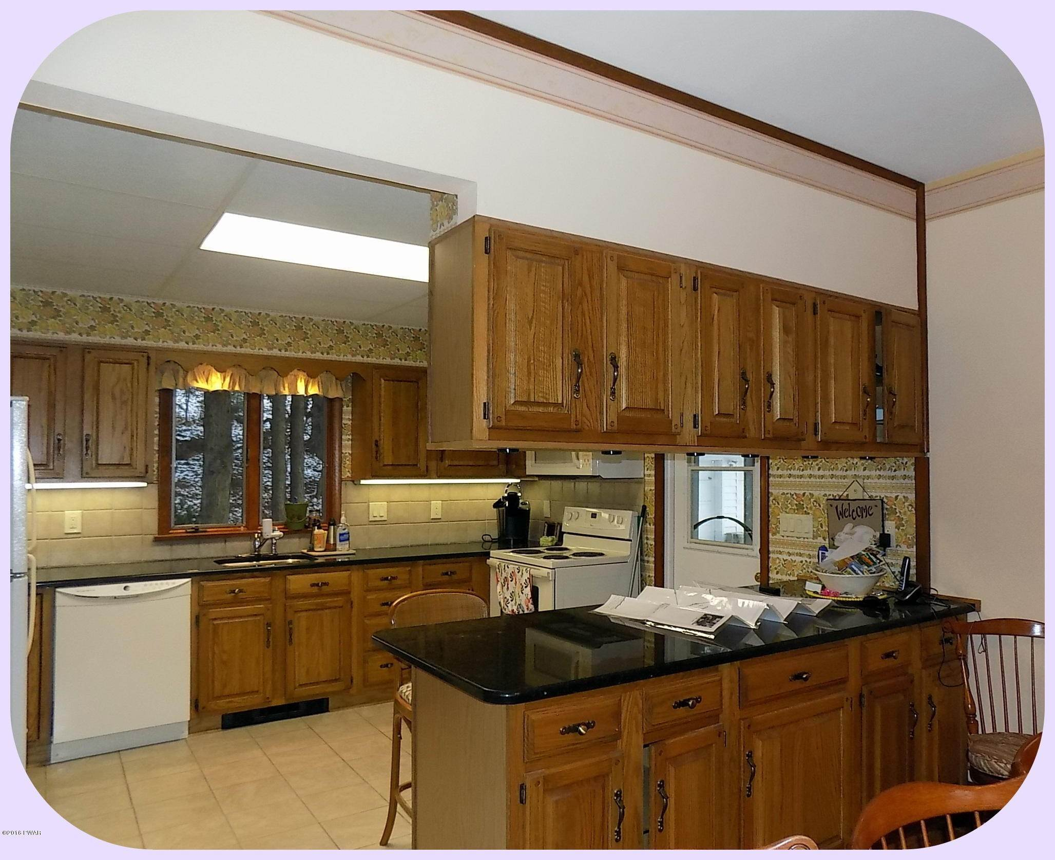 29. Single Family Homes for Sale at 278 S Sterling Rd South Sterling, Pennsylvania 18460 United States