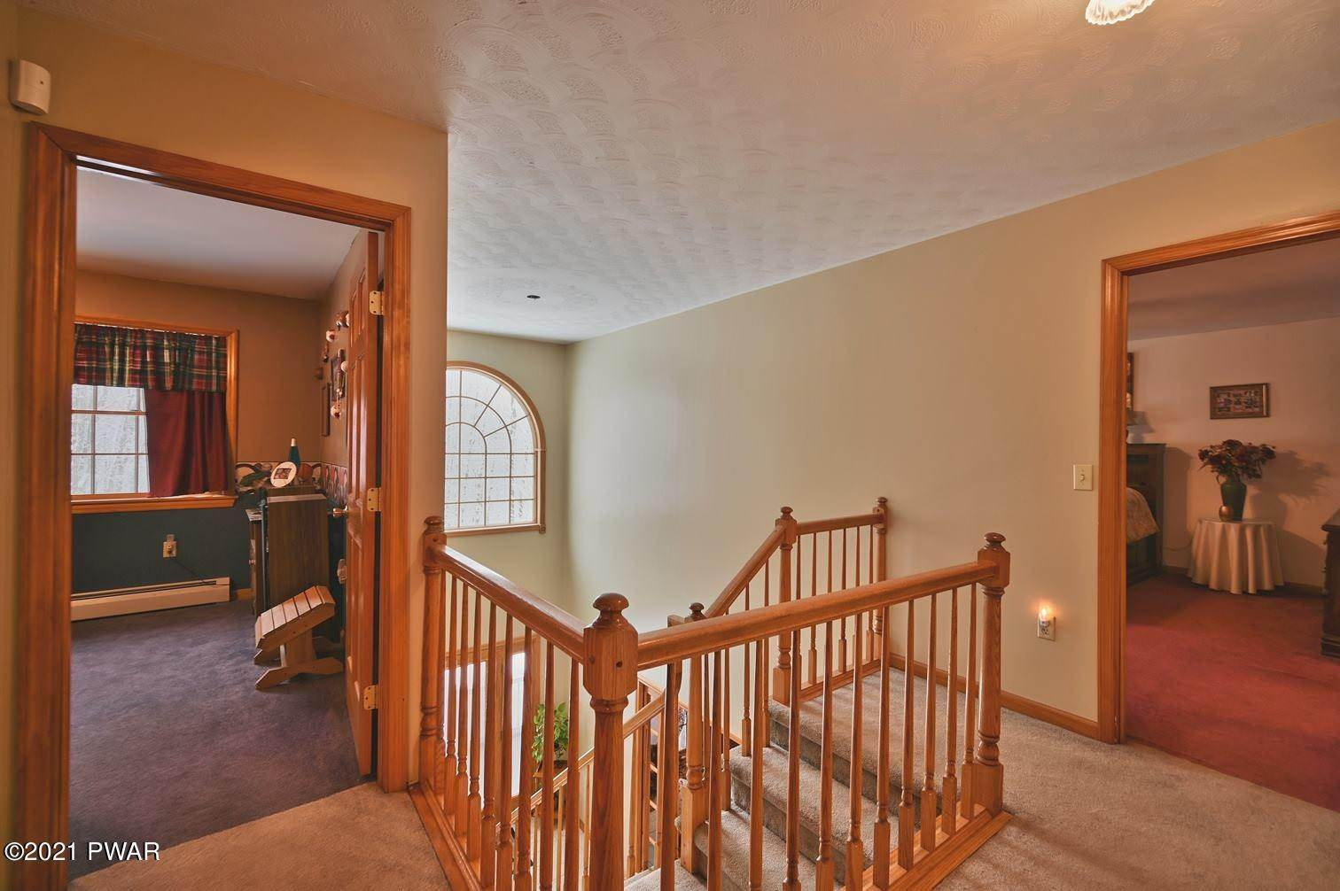 44. Single Family Homes for Sale at 323 Fallbrook Rd Carbondale, Pennsylvania 18407 United States