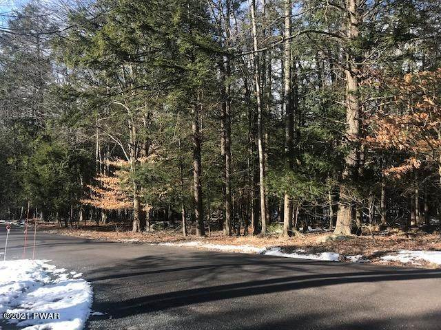 Land for Sale at Lot 4 Black Bear Rd Lake Ariel, Pennsylvania 18436 United States