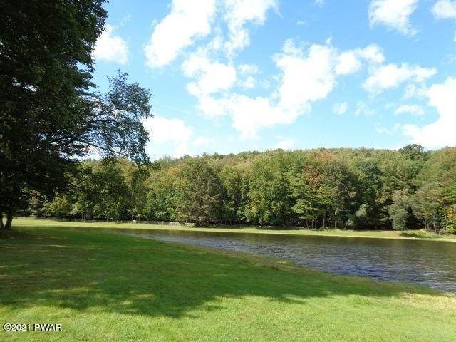 22. Land for Sale at Lot 4 Black Bear Rd Lake Ariel, Pennsylvania 18436 United States