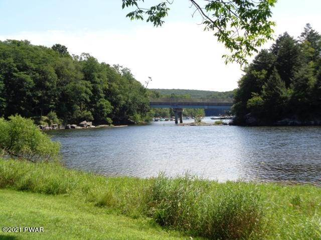 31. Land for Sale at Lot 4 Black Bear Rd Lake Ariel, Pennsylvania 18436 United States