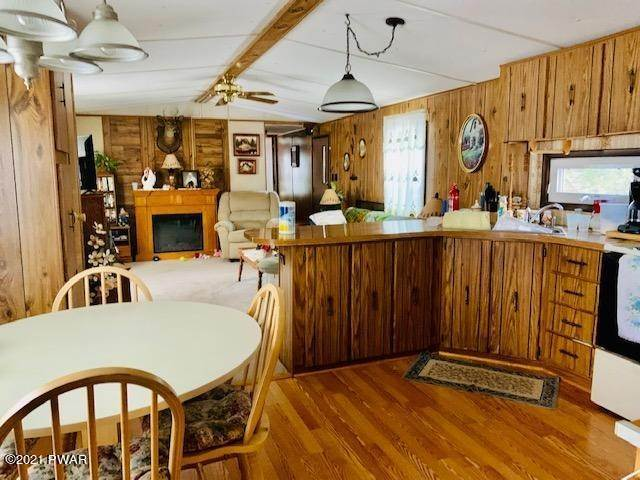 4. Mobile Homes for Sale at 31 Hilltop Rd Lake Ariel, Pennsylvania 18436 United States