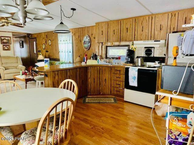 5. Mobile Homes for Sale at 31 Hilltop Rd Lake Ariel, Pennsylvania 18436 United States