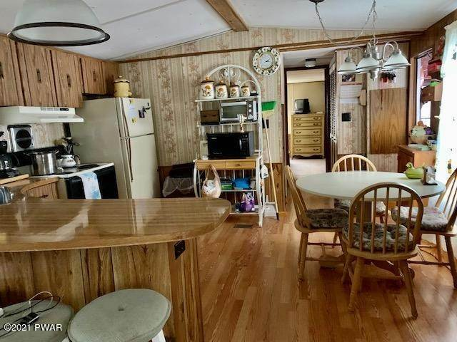9. Mobile Homes for Sale at 31 Hilltop Rd Lake Ariel, Pennsylvania 18436 United States