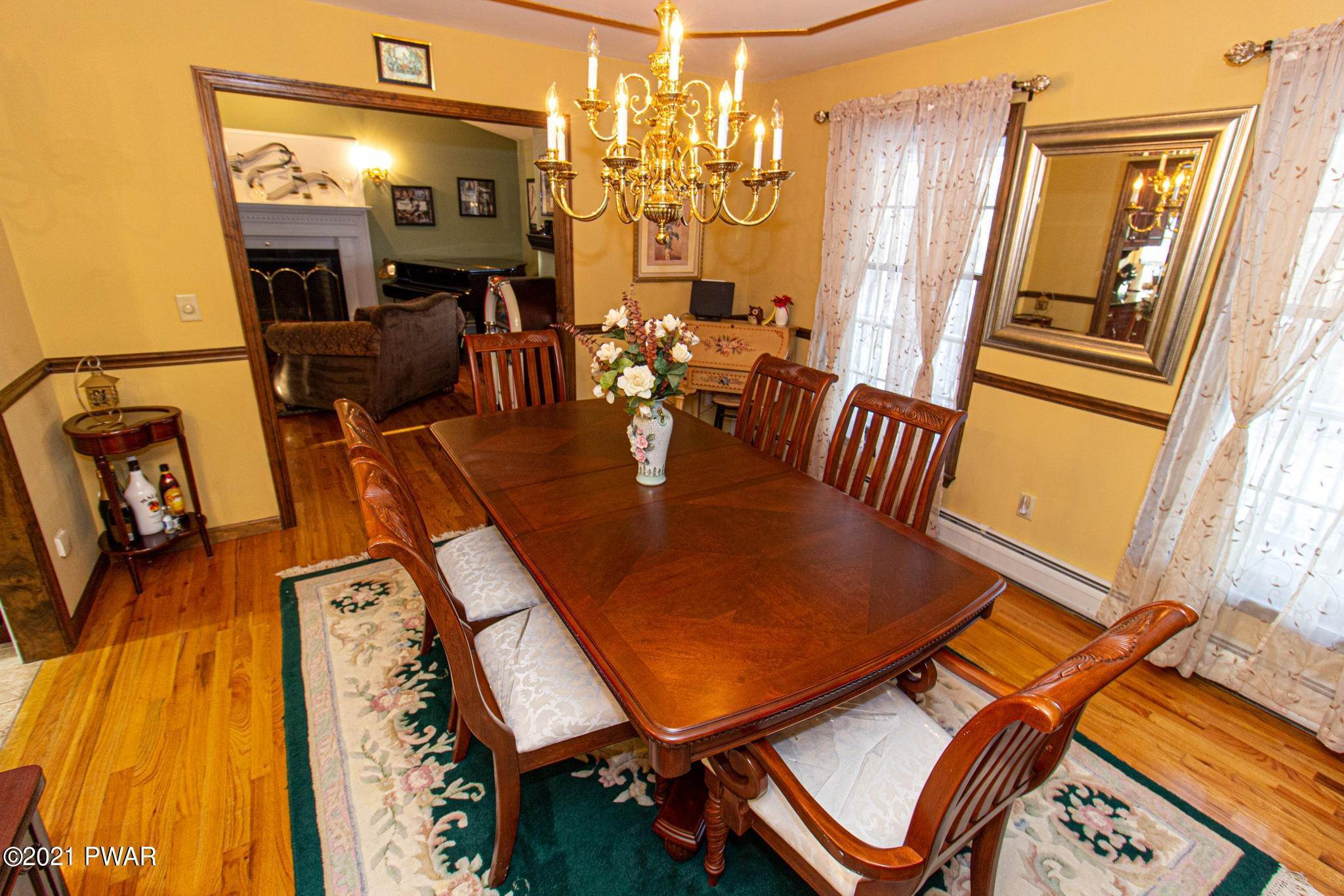 26. Single Family Homes for Sale at 179 Philwood Lane Milford, Pennsylvania 18337 United States