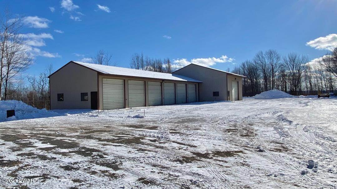 5. Commercial for Sale at 3052 Lake Ariel Hwy Honesdale, Pennsylvania 18431 United States
