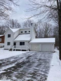 2. Single Family Homes for Sale at 150 Lakeview Dr Dingmans Ferry, Pennsylvania 18328 United States