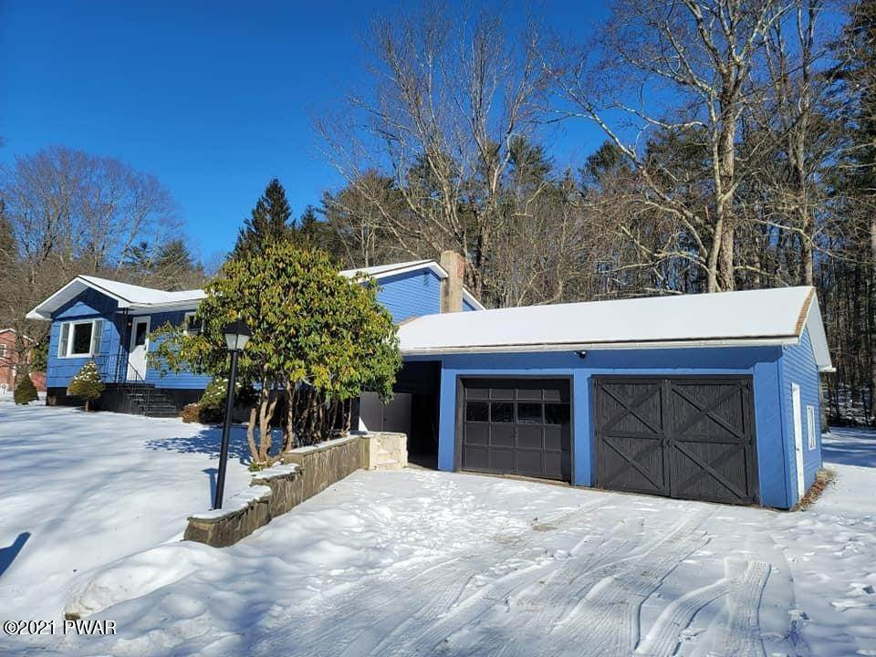 Single Family Homes for Sale at 40 Airport Rd Eldred, New York 12719 United States